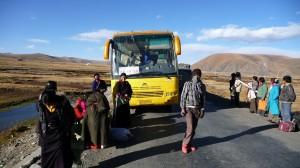 Bus to Ganzi