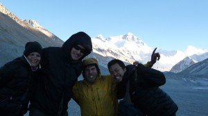 Dana, Martin, CaYuS and Mitsu in front of Everest